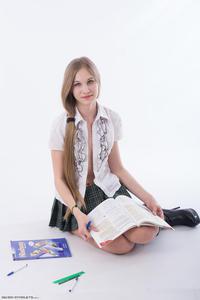 http://img292.imagevenue.com/loc188/th_208741706_tduid300163_Silver_Starlets_Katenka_student_1_077_123_188lo.JPG
