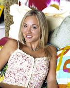 Kaley Cuoco promos from 8 Simple Rules